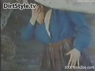 Masked farm girl bangs with a spotted stallion in the barn XXX porn