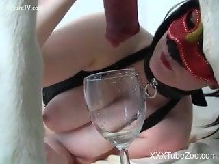 Kinky zoophile chicks fucking animals on camera