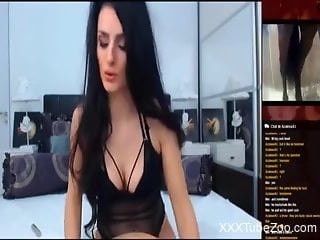 Brunette camgirl happily masturbates to zoo porn